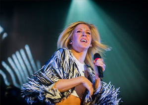 Ellie Goulding play the O2 in Dublin on Saturday, 1st March 2014 - Absolute Limos