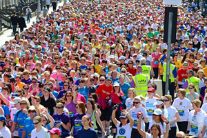 Hire a Coach and bring the whole gang to the Flora Women's Mini Marathon 2014 in Dublin City - Absolute Limos